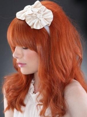 Para el pelo largo, uno de los mejores looks entre los cortes de cabello será el flequillo.