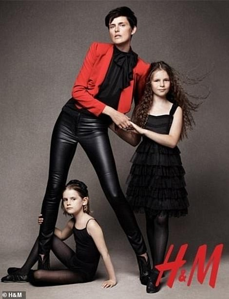 In 2010, Cecily joined her mother Stella Tennant in posing for a holiday campaign for high street store H&M