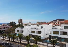 4 Bed Modern Villa for sale in Los Cristianos, last unit available at 840,000€