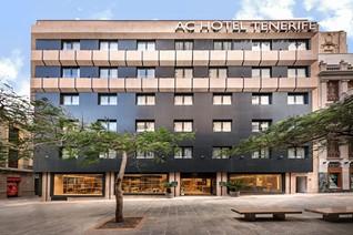 AC Hotel Tenerife liegt direkt am Yachthafen der Hauptstadt Santa Cruz