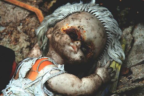 Abandoned doll, edit I