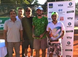 Matos – Menezes Campeones de dobles del F2 de Paysadú