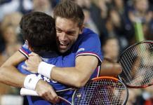 Francia festeja el triunfo en dobles