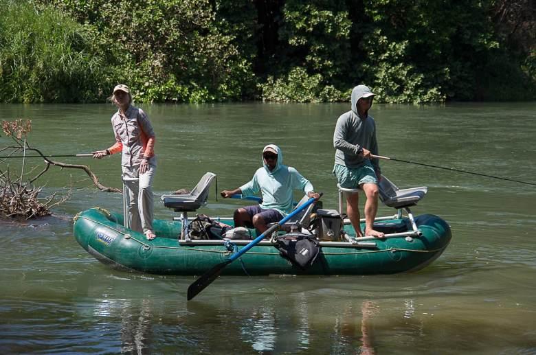 Karin Miller - Tico Tenkara Costa Rica - Raft