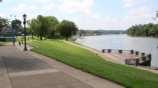 McGregor Park River Walk