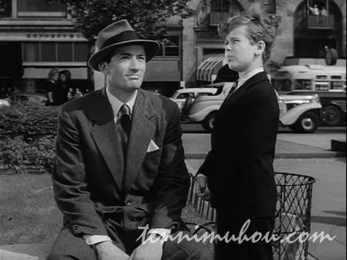 ニューヨークを散歩するフィルとトミー