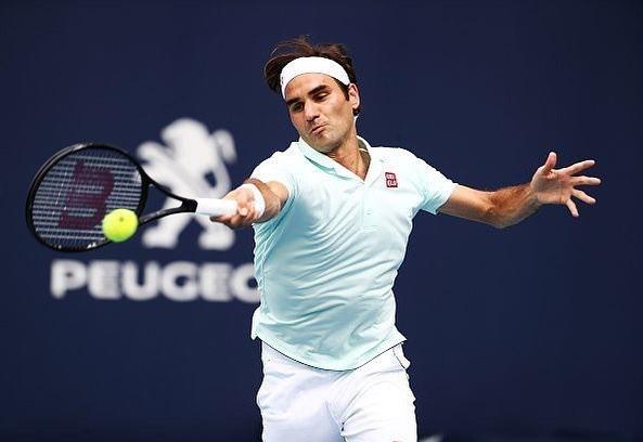 Roger Federer crashes Shapovalov to reach Miami's Final