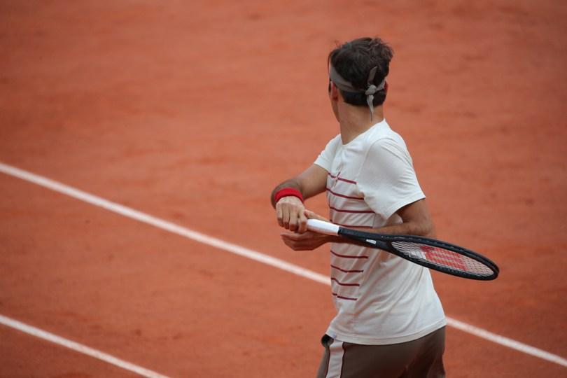 Justine Henin explains why Roger Federer is still playing