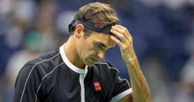 Roger Federer gives an update about his injury problem