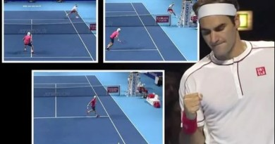 """Roger Federer can maneuver it everywhere,"" says Albot"
