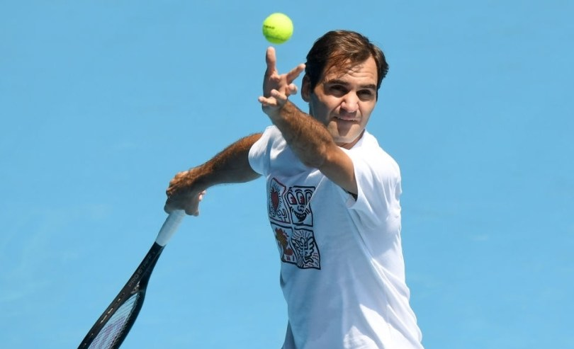 Roger Federer is back to practice after the knee surgery