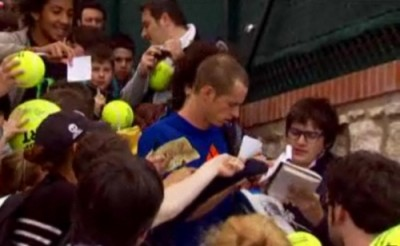 Andy Murray bald spots haircut buzz cut pictures photos 2012