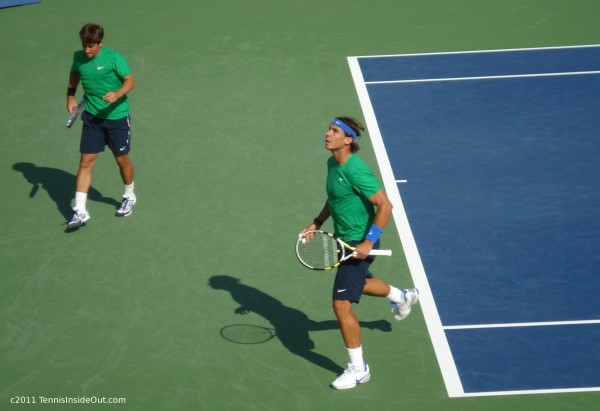 Rafa Nadal Marc Lopez Cincinnati Open doubles match moonball tennis green shirts pictures photos images by Valerie David