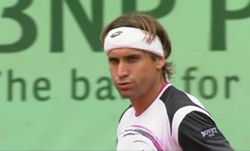 David Ferrer intense contemplates pursed lips headband white pink pictures photos screencaps