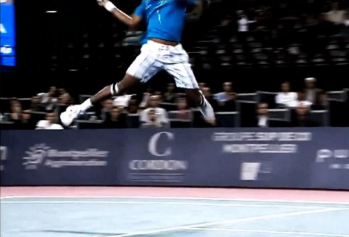 Gael Monfils flying shot airborne pictures photos images screencaps