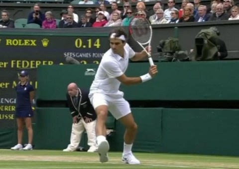 Roger Federer Wimbledon whites backhand shot down the line pictures photos Malisse match 2012
