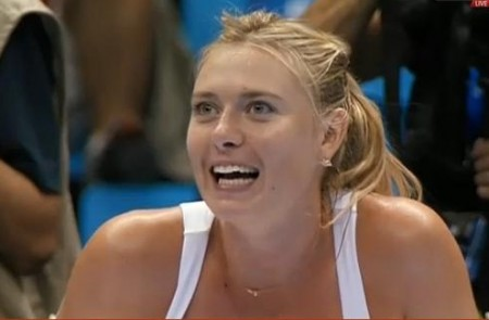 Maria terror dance with mascot expression scared hysterical Sharapova Masha photos Brazil