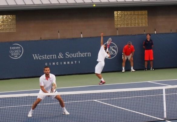 Mikhail Youzhny Philipp Kohlschreiber serving racquets Cincinnati photos images