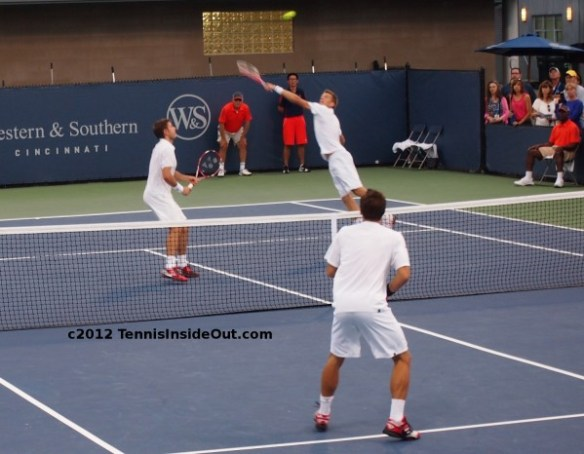 Jarkko Nieminen leaping volley Stan Wawrinka Philipp Kohlschreiber doubles Cincy pictures