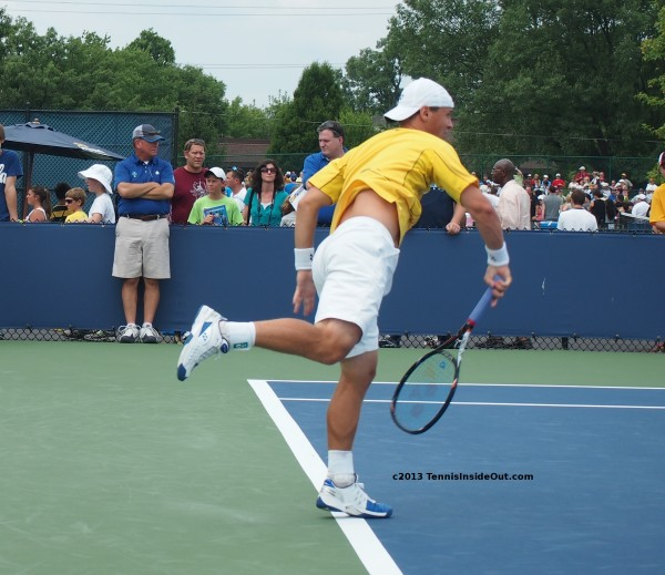 Ricky Berankis big serve naked flesh back shirt up racquet swing Cincy photos qualification rounds