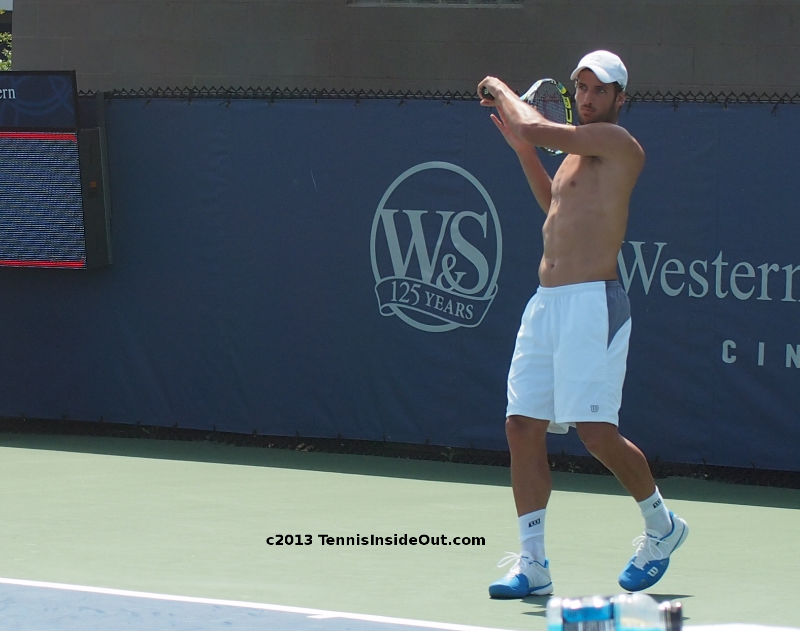 Shirtless Feliciano Lopez, With Tommy Robredo Cincinnati Day 2, Practice Pics Hd -6731