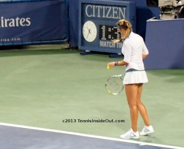 Victoria Azarenka Vika white outfit Cincinnati US Open series blonde braid serving final