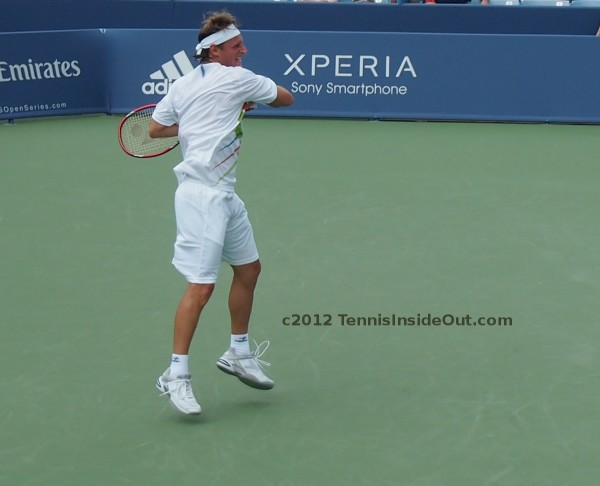 Nalby forehand follow-through David Nalbandian Cincinnati Masters 2012 Haas match