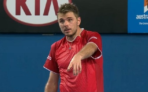 Stanislas Wawrinka challenging asking umpire about which mark on the call Alejandro Falla match Australian Open pics screencaps