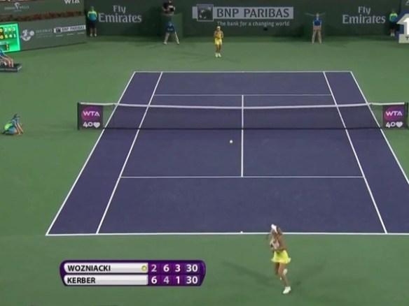 Caroline Wozniacki Angelique Kerber moonball defensive lob rally Indian Wells tennis tournament 2013 pictures photos video