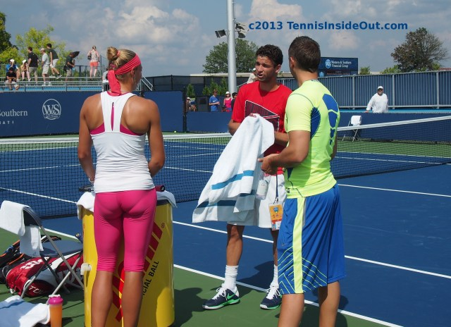 Yanina Wickmayer Grigor Dimitrov talking practice hot pink spandex pants nice ass sexy photos tennis players