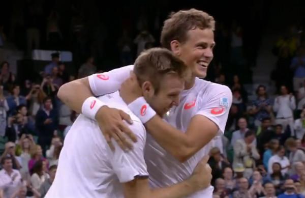 Vasek Pospisil wins Wimbledon doubles with Jack Sock love hug bromance victory