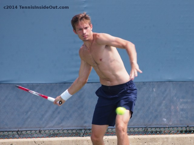 Nicolas Mahut practice with Stan Wawrinka forehand shirtless photos pics Cincinnati US Open