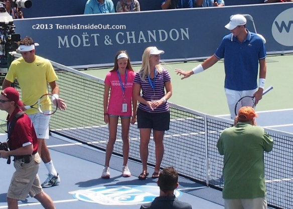 John Isner coin toss happy fans Cincy tennis Masters Western and Southern Open photos pics images 2013