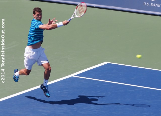 Grigor Dimitrov Grisha Cincinnati Masters Western and Southern Open flying forehand 2014 pics photos images