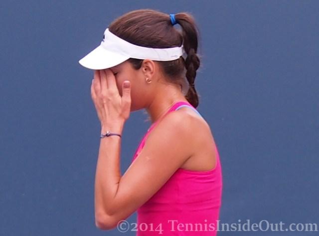 Ana Ivanovic facepalm tired hand to face hot pink kit Cincinnati tennis 2014