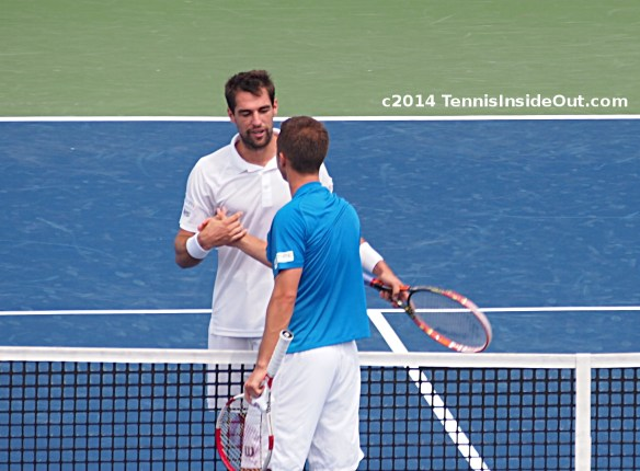 Jeremy Chardy Philipp Kohlschreiber handshake at net Western and Southern Cincinnati Masters pics photos images