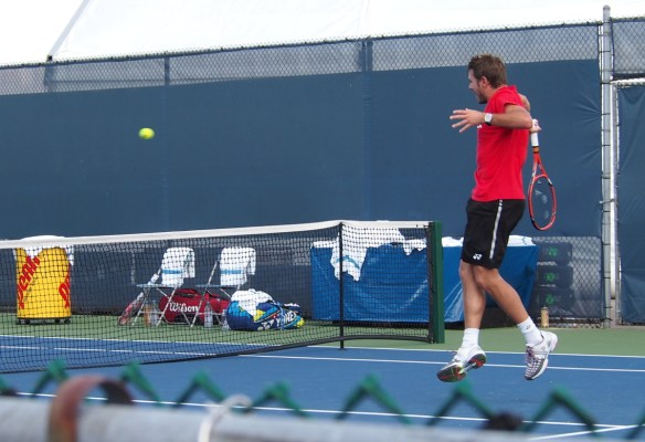 Cincinnati Federer Wawrinka practice leaping Stan volley