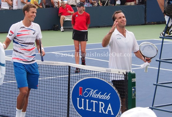 Cincy tennis Vasek Pospisil Radek Stepanek grins umpire funny photos pics