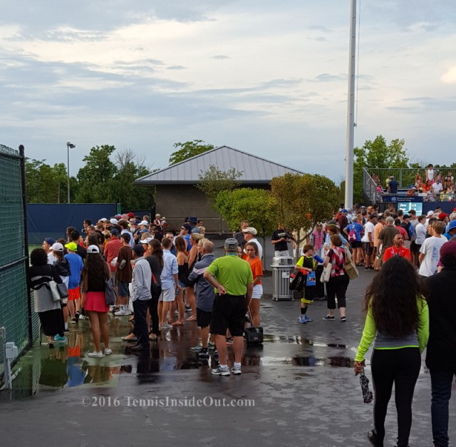 Western and Southern Open rain delay Cincy Nick Kyrgios fan practice pics