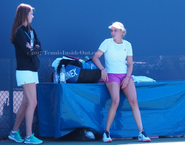Funny faces tennis players disgusted meh Donna Vekic Cincy