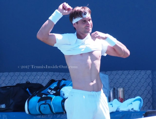 shirtless David Ferrer sexy pecs abs torso naked chest cute smile