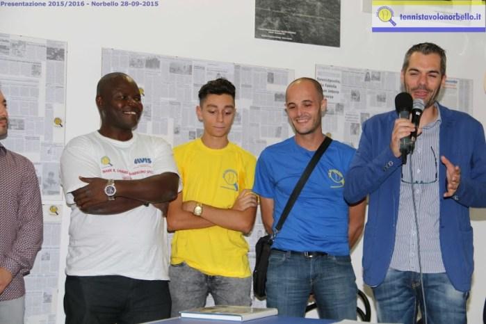 Alcuni componenti della C1 maschile con il presidente Carrucciu