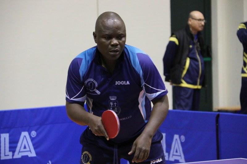 Il nigeriano Gbenga Kayode (Foto Gianluca Piu)