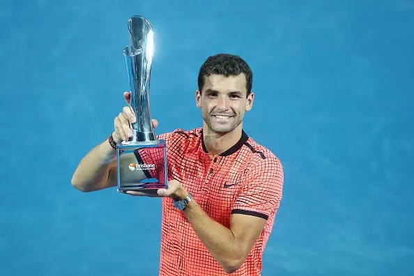 Dimitrov gets back on track