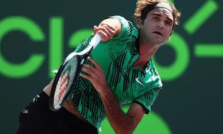 Federer rolls on