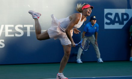 Stanford | Sharapova makes winning return