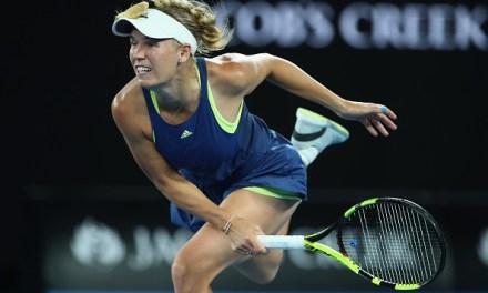 Melbourne | Wozniacki wins through late night thriller