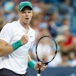 Cincinnati | Edmund wins opener