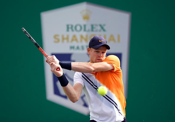 Shanghai | Edmund eases into third round