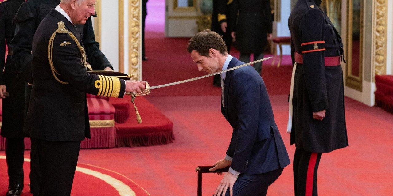 London | Sir Andy Murray finally receives knighthood at Buckingham Palace